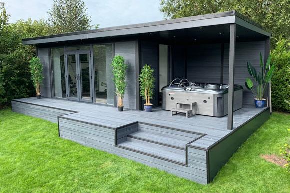 Hot Tub Garden Studio Nottingham